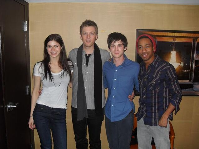 File:Percy Jackson cast photo for The Lightning Thief.jpg