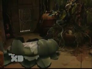 Pair of Kings S01E19 The Trouble With Doubles 17