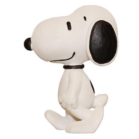 File:Schleich-Peanuts-Snoopy-Walking--pTRU1-18195125dt.jpg