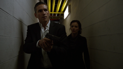 1x23 - Firewall escape