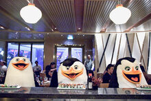 Penguins-at-izumi