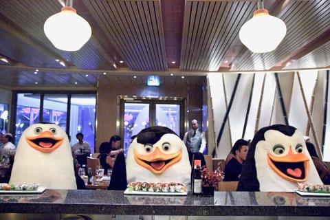 File:Penguins-at-izumi.jpg