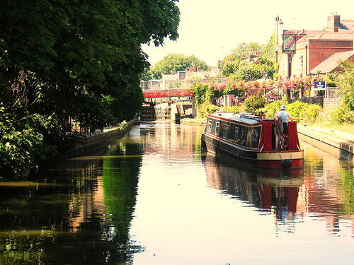 800px-Berkhamsted Canal