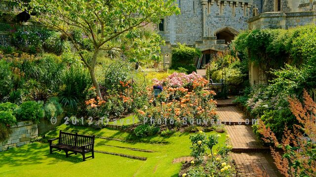 File:Windsor-Castle-Garden-England-United-Kingdom-13.jpg