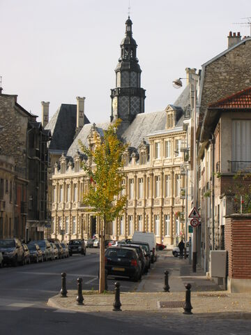 File:Town hall, Reims, France 2004-11-05.jpg