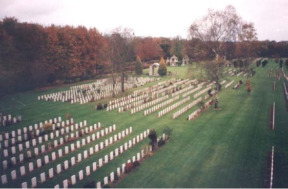 File:Reichwald Forrest War Graves Cemetery - Germany.jpg