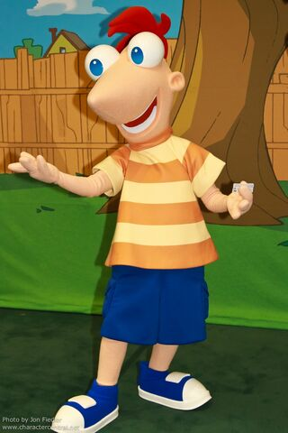 File:Phineas in Park Form.jpg
