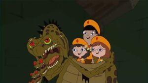 Fireside Girls in alien costume
