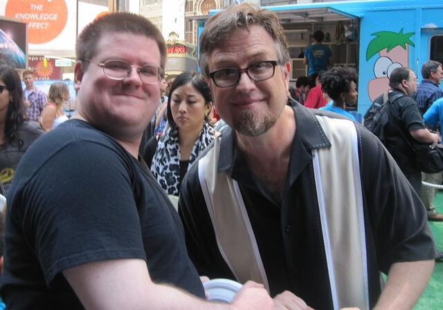 File:Moob85 with Dan Povenmire.jpg