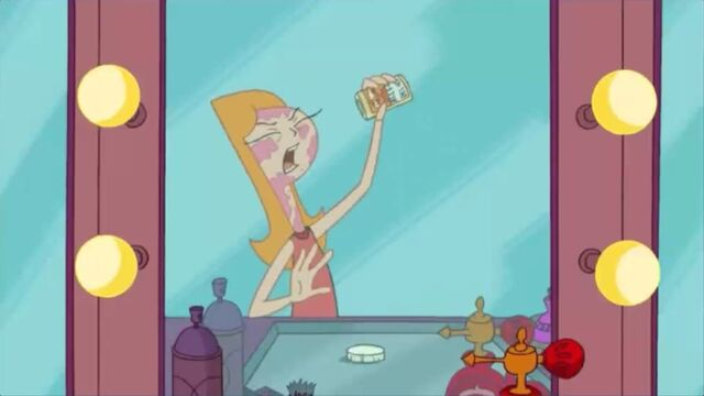 File:Candace yelling in male voice.jpg