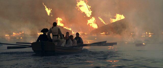 File:DauntlessCrewInLongboat.jpg
