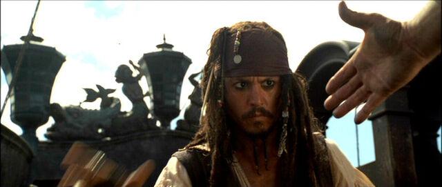 File:Captain Jack Sparrow on the Black Pearl 5.jpg