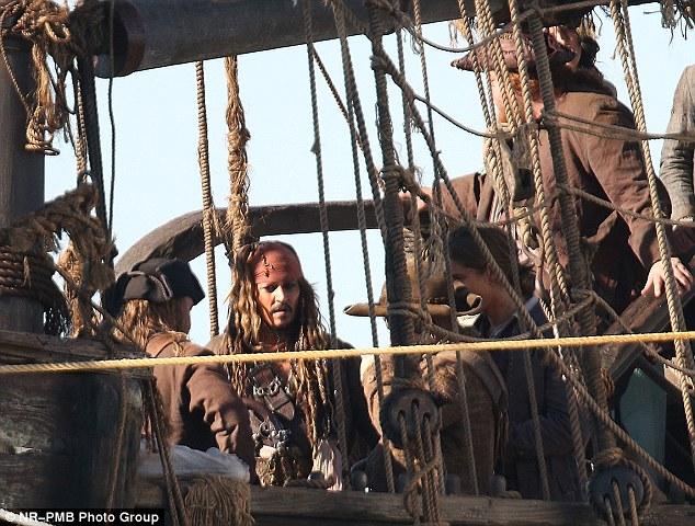 File:Jack gull pirates.jpg