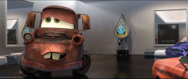 File:Cars2-disneyscreencaps.com-3332.jpg