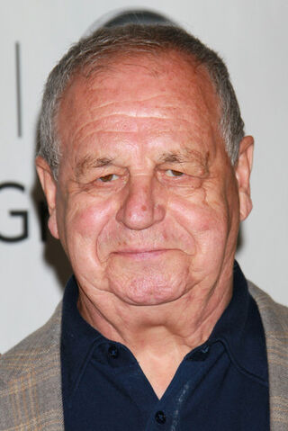 File:Paul Dooley Disney ABC Television Group Summer N3AHXm62Y Zl.jpg
