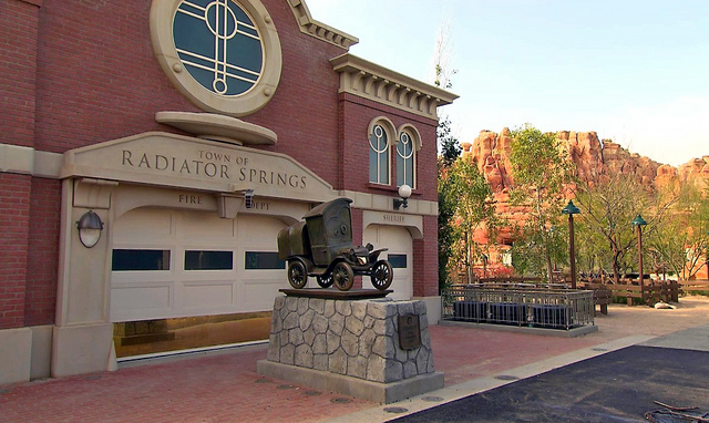 File:Stanley statue cl.png