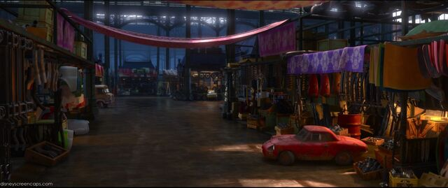 File:Cars2-disneyscreencaps.com-5986.jpg