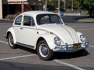 250px-VolkswagenBeetle-001