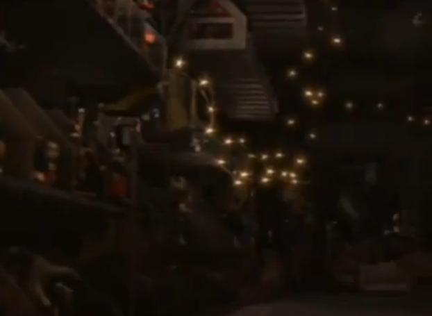 File:WALL-E truck07.jpg