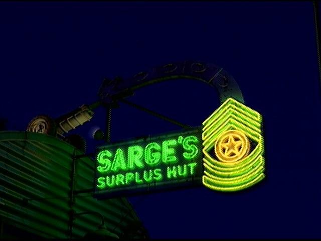 File:Sargessurplushut.jpg