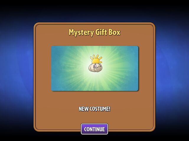 File:Getting Garlic's First Costume from Mystery Box.jpg