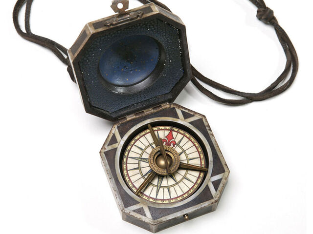 File:Jack Sparrow's Compass.jpg