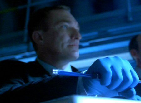 File:Hands of Blue.jpg