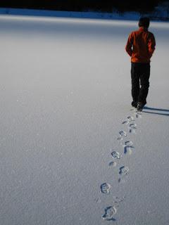 File:Walking-away.jpg