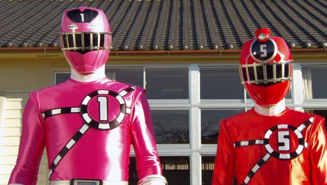 File:ToQger 3 - Red & Pink Swap.jpg