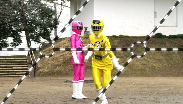 File:ToQger 9 - Yellow & Pink Swap.jpg