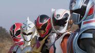 5 Extra Rangers