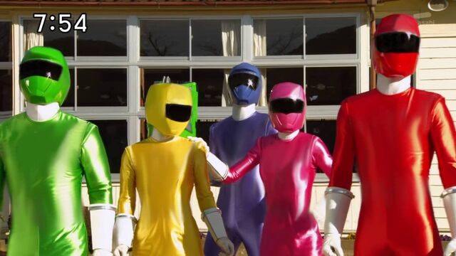 File:Plain toqger suits.jpg