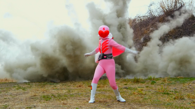 File:Momoranger in Legend War.png