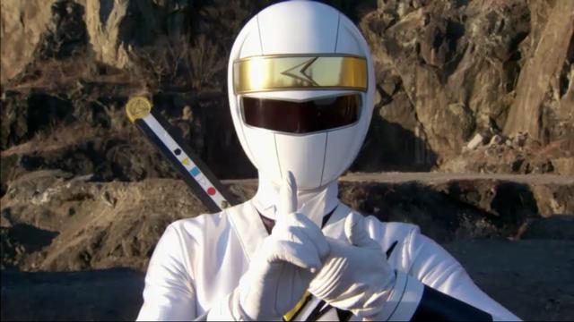 File:White-Alien-Ranger.png