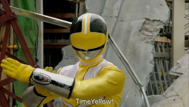 File:TimeYellow (Super Hero Taisen Otsu).jpg