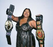 Awesome Kong 2
