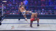WWESUPERSTARS 102711 14