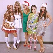 02 - Sasha Banks, Kendall Skye, Charlotte, Bayley, Veronica Lane