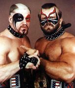 (ROAD WARRIORS) (1)