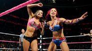 October 5, 2015 Monday Night RAW.50