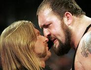 November 28, 2005 Raw.27