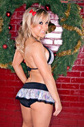 Taylor Wilde 18