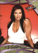 2004 WWE Divas 2005 (Fleer) Victoria 22