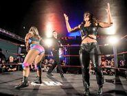 Toni Storm vs Nikki Storm - xTLbAwl