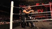 February 1, 2016 Monday Night RAW.23