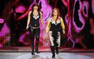 SmackDown 10-10-08 003