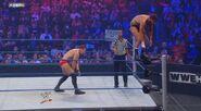 WWESUPERSTARS 102711 9