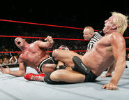 December 12, 2005 Raw.2