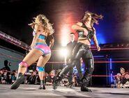 Toni Storm vs Nikki Storm - LbL0sSC