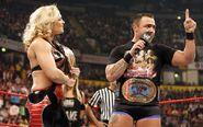 Raw 11-10-08 Santino and Phoenix 001